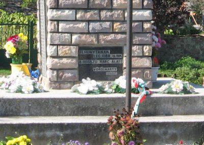 Borsodgeszt világháborús emlékmű 2007.09.24. küldő-kalyhas (4)