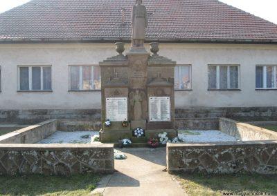 Borsodivánka világháborús emlékmű 2008.02.20. küldő-Kályhás (1)