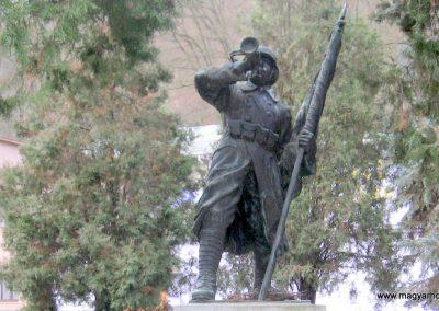 Borsodnádasd Világháborús emlékmű 2008.01.27. küldő-kalyhas