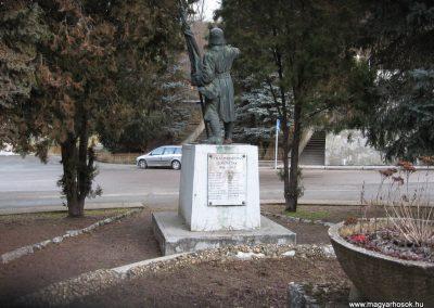 Borsodnádasd Világháborús emlékmű 2008.01.27.küldő-Kályhás (2)