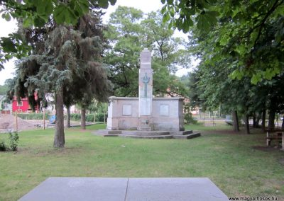 Borsodnádasd világháborús emlékmű 2012.07.06. küldő-kalyhas