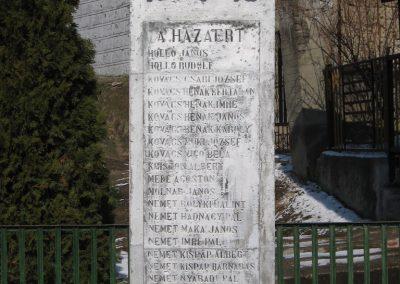 Borsodszentgyörgy világháborús emlékmű 2010.03.08. küldő-kalyhas (3)