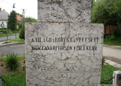 Borzavár világháborús emlékmű 2010.07.24. küldő-kalyhas (6)