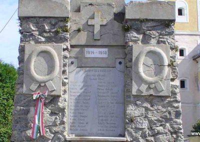 Bozsok világháborús emlékmű 2007.08.25. küldő-HunMi (2)