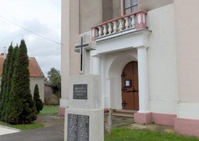 Bozzai II. világháborús emlékmű 2014.10.23. küldő-kalyhas (6)