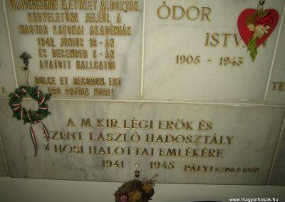Bp.XI. ker Szent Gellért templom II. világháborús hősök emléktáblái 2008.11.19. küldő-Tiberio (7)