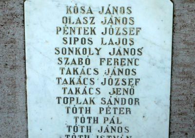 Bucsuta hősi emlékmű 2010.06.29. küldő-Sümec (5)