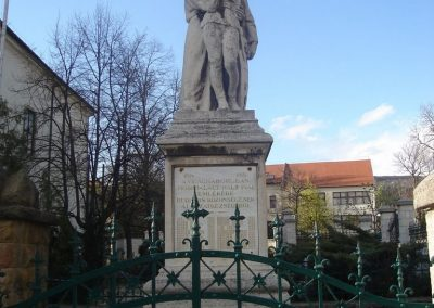Budaörs- I.vh emlékmű 2008.04.04. küldő-Huszár Peti (1)