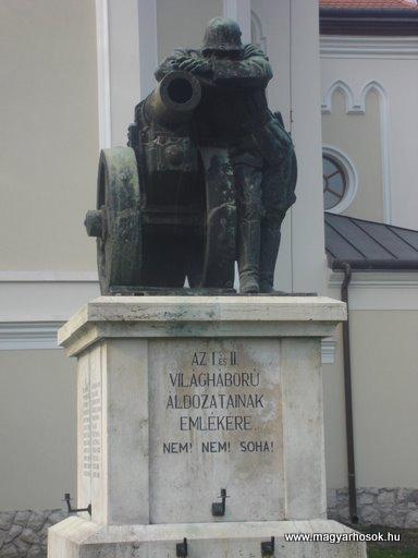Budakalász I.vh emlékmű 2008.04.03.küldő Huszár Peti (1)