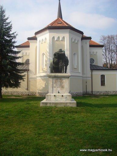 Budakalász I.vh emlékmű 2008.04.03.küldő Huszár Peti