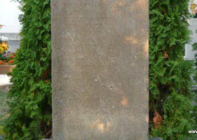Budakeszi világháborús emlékmű és katonasírok 2009.11.01. küldő-Ágca (2)