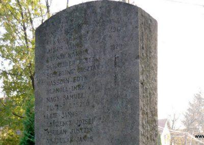 Budakeszi világháborús emlékmű és katonasírok 2009.11.01. küldő-Ágca (4)