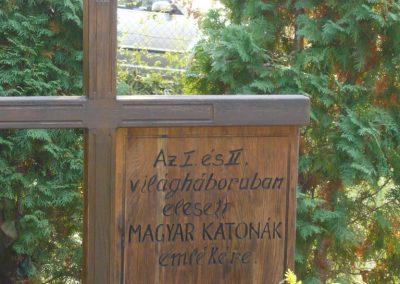 Budakeszi világháborús emlékmű és katonasírok 2009.11.01. küldő-Ágca (7)