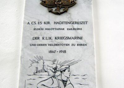 Budapest I. kerület a Hadtörténeti múzeum Díszudvara a Hősök emléktábláival 2018.06.28. küldő-Emese (10)