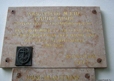 Budapest I. kerület a Hadtörténeti múzeum Díszudvara a Hősök emléktábláival 2018.06.28. küldő-Emese (16)