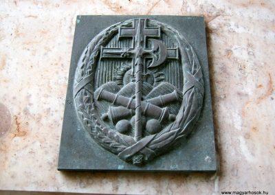 Budapest I. kerület a Hadtörténeti múzeum Díszudvara a Hősök emléktábláival 2018.06.28. küldő-Emese (17)