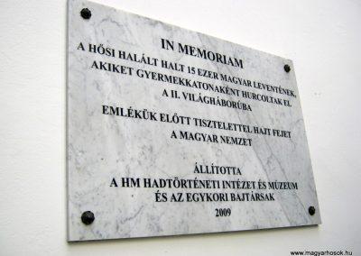 Budapest I. kerület a Hadtörténeti múzeum Díszudvara a Hősök emléktábláival 2018.06.28. küldő-Emese (8)