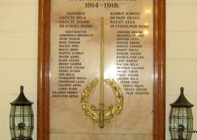 Budapest V. kerület Bolyai Reáliskola I. világháborús emlékmű 2018.06.29. küldő-Emese (3)