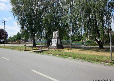 Buj világháborús emlékmű 2014.06.23. küldő-kalyhas