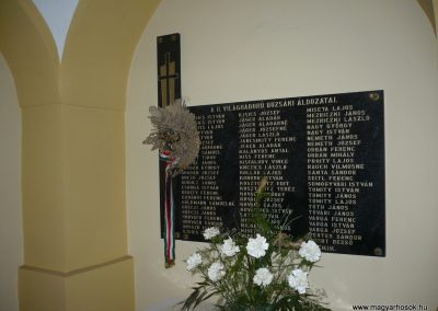 Buzsák II.vh emléktábla 2009.04.21.küldő-Sümec (1)