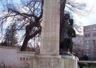 Cegléd I. világháborús emlékmű 2009.03.22. küldő-miki (14)