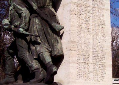 Cegléd I. világháborús emlékmű 2009.03.22. küldő-miki (7)