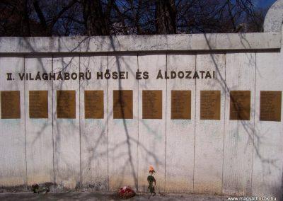 Cegléd II. világháborús emlékmű 2009.03.22.küldő-miki (6)