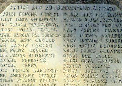 Cegléd II. világháborús emlékmű - a ceglédi bombatámadás áldozatai - 2016.07.29. küldő-belamiki (3)