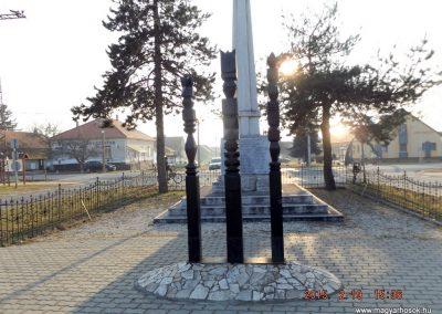 Ceglédbercel I. világháborús emlékmű 2015.02.19. küldő-kalyhas (9)