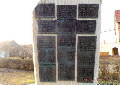 Ceglédbercel II. világháborús emlékmű 2015.02.19. küldő-kalyhas (6)