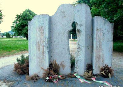 Celldömölk- Alsóság II.vh emlékmű 2011.08.11. küldő- -NEMES-