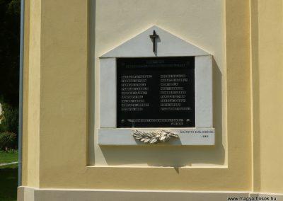 Celldömölk-Izsákfa világháborús emléktáblák 2009.07.01.küldő-Sümec (4)