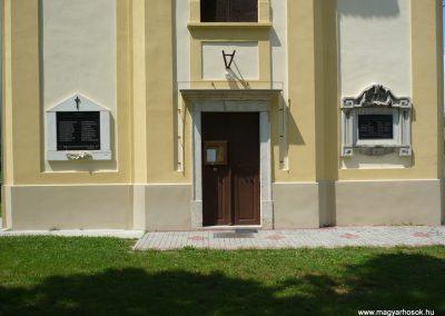 Celldömölk-Izsákfa világháborús emléktáblák 2009.07.01.küldő-Sümec