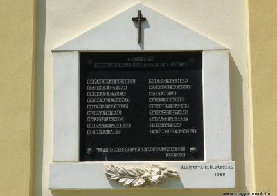 Celldömölk-Izsákfa világháborús emléktáblák 2009.07.01.küldő-Sümec (5)