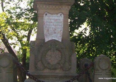 Cibakháza I.vh emlékmű 2009.05.06.küldő-miki (2)