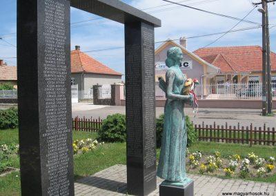Csány világháborús emlékmű 2008.05.26.küldő-kalyhas (4)