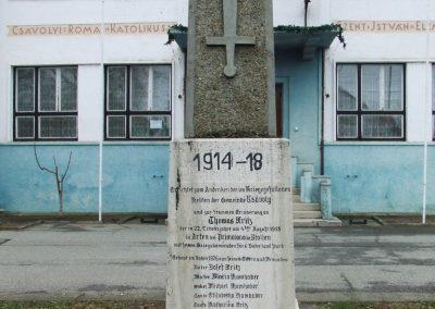 Csávoly I. világháborús emlékmű 2007.12.08. küldő-Markó Péter