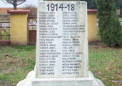 Csávoly I. világháborús emlékmű 2007.12.08. küldő-Markó Péter (6)