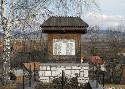 Csíkrákos és Göröcsfalva közös II.vh emlékmű 2009.03.13.küldő-Gyurkusz