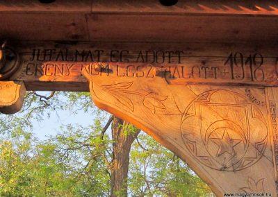 Csíkrákos I. világháborús emlék Székelykapu, a templom bejárata 2014.06.06. küldő-kalyhas (6)