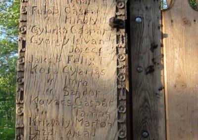 Csíkrákos I. világháborús emlék Székelykapu, a templom bejárata 2014.06.06. küldő-kalyhas (9)