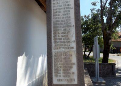 Csíkszentkirály világháborús emlékmű 2016.07.14. küldő-kalyhas (4)