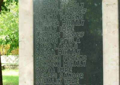 Csókakő II.vh emlékmű 2010.05.24. küldő-Mimóza (2)