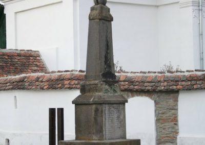 Csókfalva világháborús emlékmű 2007.04.28.küldő-Horváth Zsolt