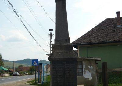 Csókfalva világháborús emlékmű 2009.08.23.küldő-Ágca (4)
