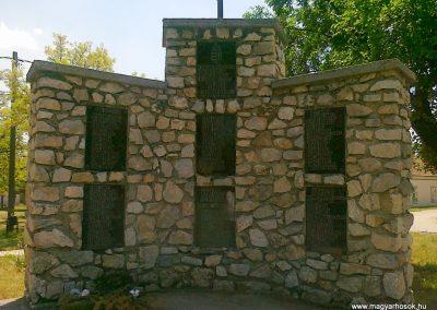 Csór II.vh emlékmű 2011.05.24. küldő-Csiszár Lehel (1)