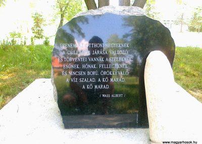Csór II.vh emlékmű 2011.05.24. küldő-Csiszár Lehel (10)