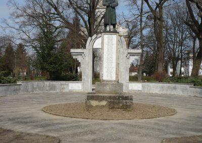 Csököly világháborús emlékmű 2009.03.23.küldő-Sümec