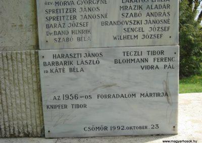 Csömör Hősi emlékmű 2008.04.23. küldő Huszár Peti (11)