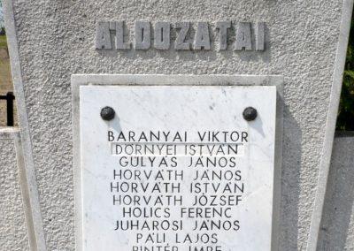 Csömend világháborús emlékmű 2011.05-03. küldő-Sümec (6)